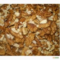 Грецкий орех- очищенный, сырой экстра половинка 1 сорт Краснодар.Вес 1 кг./ Товар продается упаковкой.